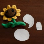 """Dr. Terri's Plants vs Zombies Sunflower with """"pattern"""""""